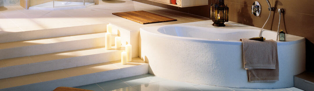 Ein modernes Badezimmer
