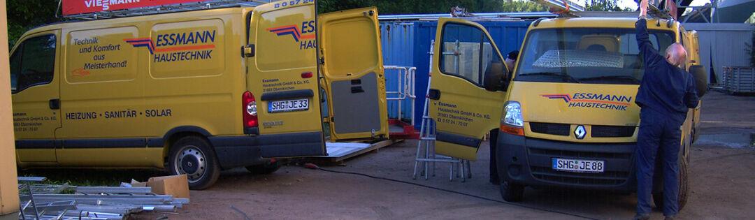 Essmann Haustechnik Firmenfahrzeuge und Mitarbeiter